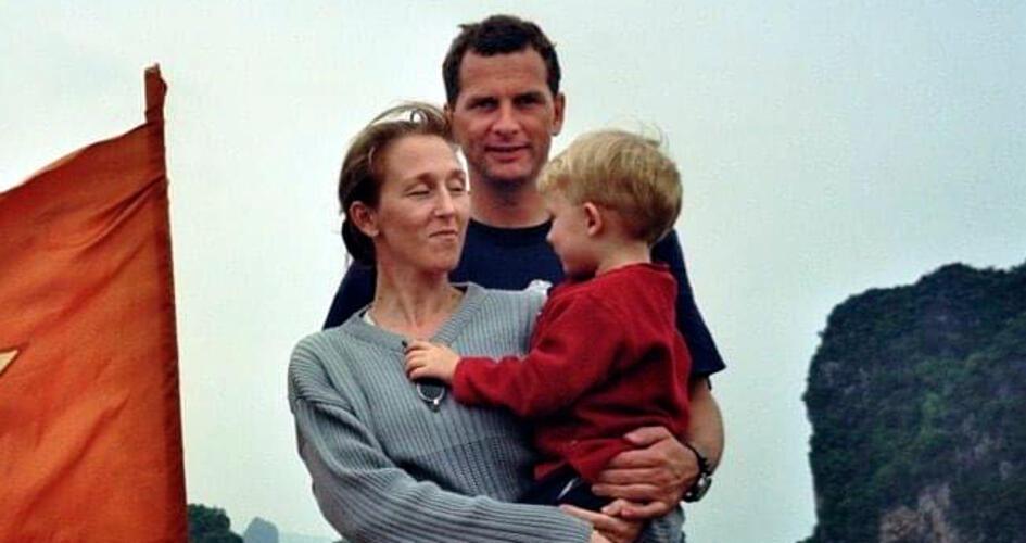 Øystein Botillen with wife and child